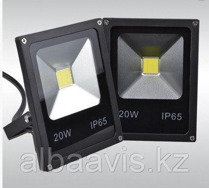 Прожектор светодиодный 20 W софит