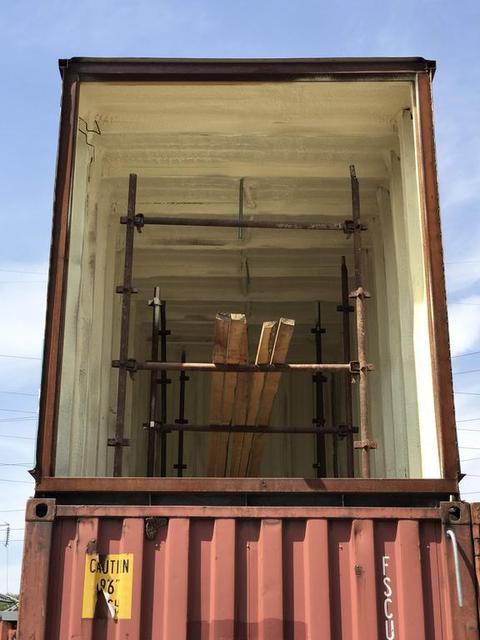 Утепление контейнера в Алматы. Контейнеры готовы для дальнейшей внутренней отделки