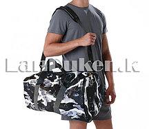 Сумка спортивная дорожная камуфляжная с плечевыми ремнями черная