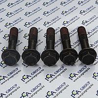 826/01060 Болт крепление крестовины для JCB 3CX; JCB 4CX