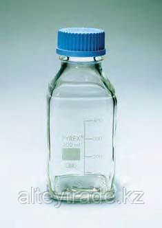 Бутыль стеклянная квадратная с завинчивающейся крышкой d-32 мм, со шкалой (100 мл) (Pyrex)