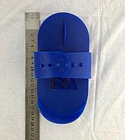 Пластиковая скребница, фото 1