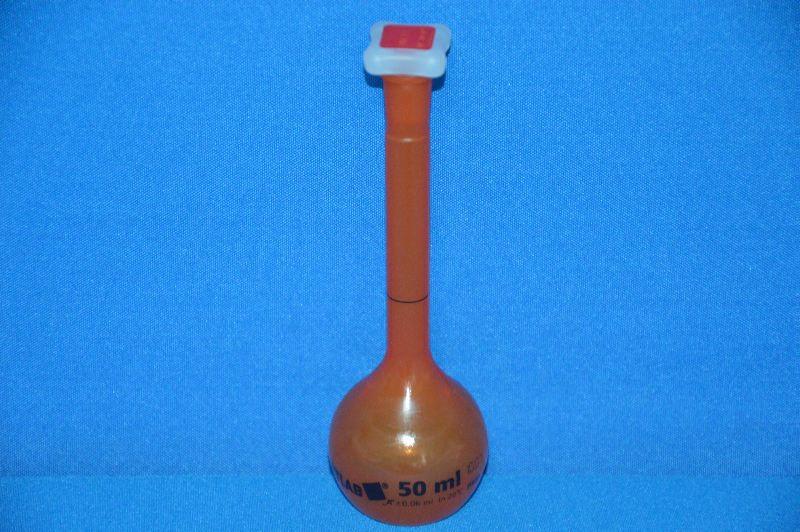 Колба мерная непрозрачная с полиэтиленовой пробкой NS10/19, 50 мл, класс А, материал-полиметилпентен (РМР) (VITLAB)