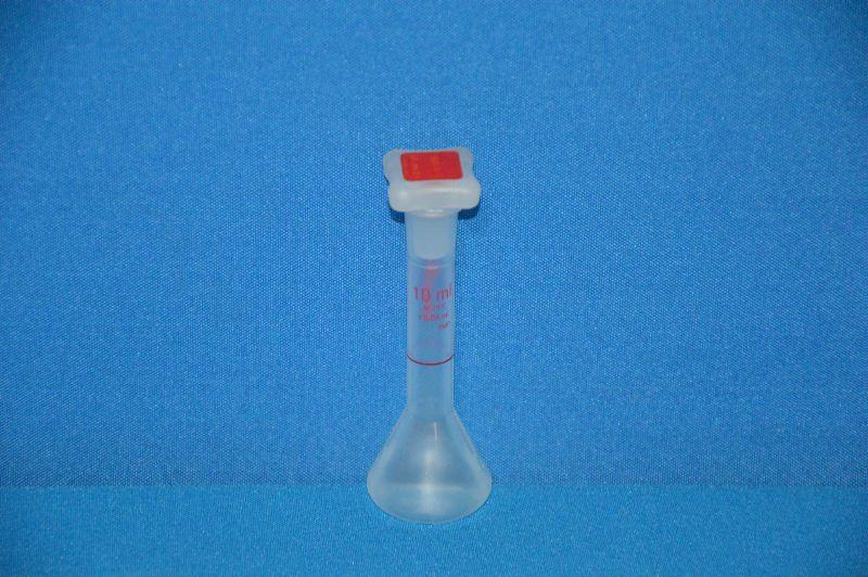 Колба мерная с полиэтиленовой пробкой NS10/19, 10 мл, класс В, материал-полиметилпентен (РМР) (VITLAB)