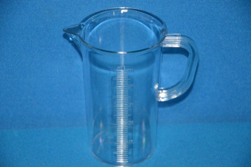 Кружка мерная 250 мл, ц.д.5 мл, рельефная шкала, материал-стиролакрилонитрил (SAN) (VITLAB)