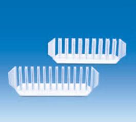 Стойка для пробирок пластиковая, белая, для 9 пробирок d до 18 мм, 200х55х65 мм (PE) (VITLAB)