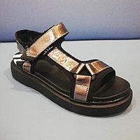 Босоножки - сандалии, застежка - липучка