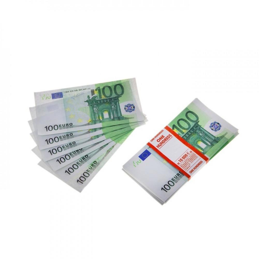 Пачка купюр 100 EURO