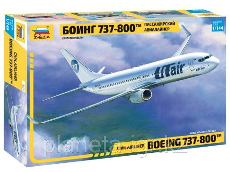 Пассажирский авиалайнер Боинг 737-800™, сборная модель, 1:144