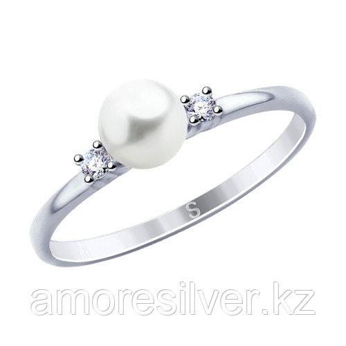 Кольцо из серебра с жемчугом имитированным и фианитом   SOKOLOV 94012804