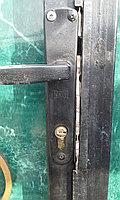 Ремонт дверных ручек.