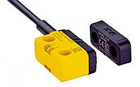 Бесконтактные аварийные переключатели STR1-SAFM0AC5 STR1 RFID Safety Switch, Flat Actuator, Vistal, 24 V dc